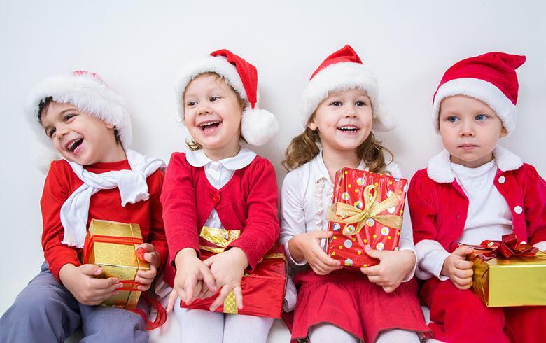 Что дарить детям в детском саду