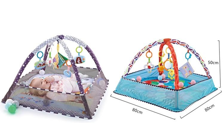 Мини-манеж с игрушками